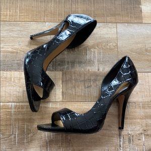 Nine West black patent leather heels
